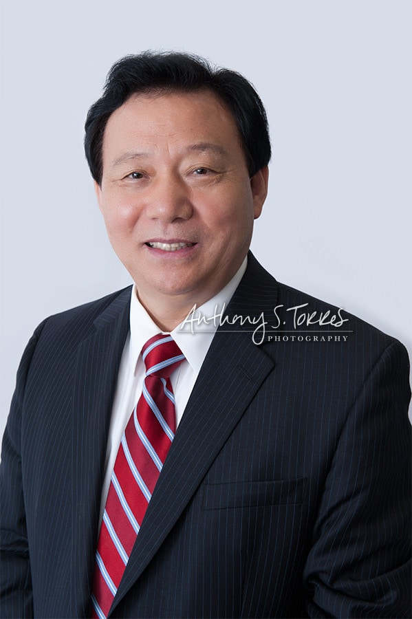 New York Immigration Fund and RoeCorp CEO Buhm Jung Roe - Simple, clean, personable headshot
